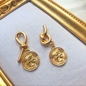 Jewelry - Gold Retro Coin Pendant Portrait Earrings